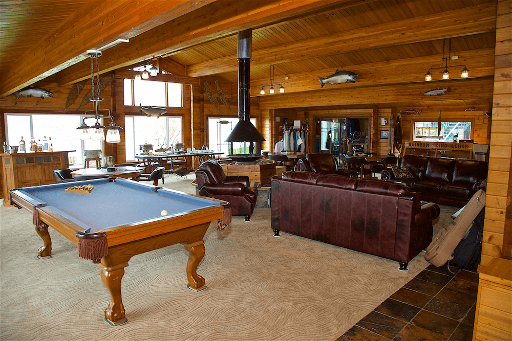 Rec Room at Rainbow King Lodge